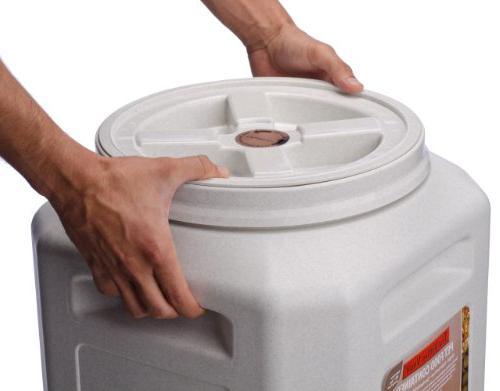 Vittles vault 4350 Vault Pet Containers / Size